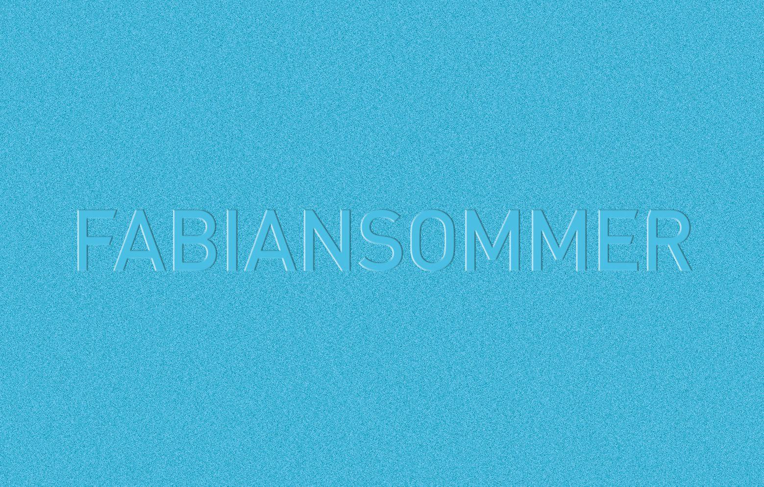 Fabian Sommer Logo in Leder geprägt