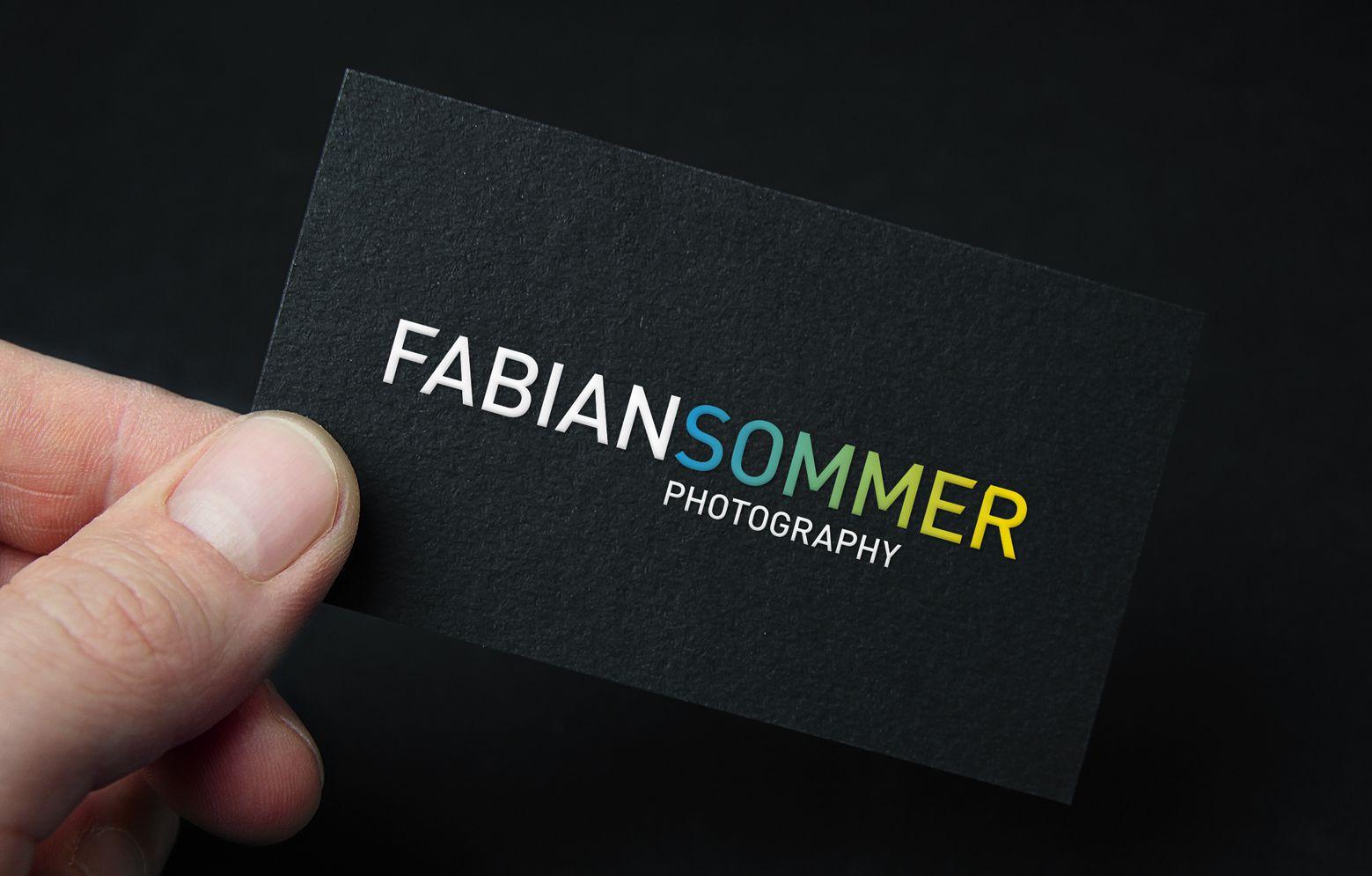 Close-Up von der Visitenkarte von Fabian Sommer